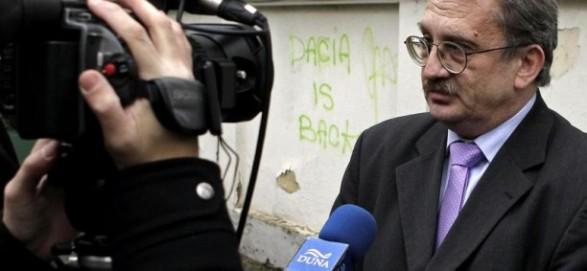"""Oskar Fuzes: """"E dreptul maghiarilor din România să îşi folosească simbolurile"""""""
