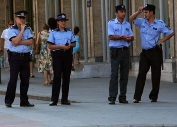 Poliţişti Caracal