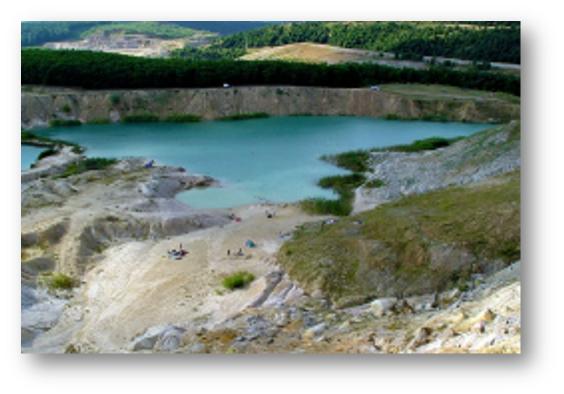 Safirul dintre dealuri - Laguna albastra de la Aghires