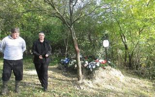 Femeie din Sălaj îngropată în grădina casei